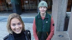 Studerande Hilda Jungar och André Kultanen