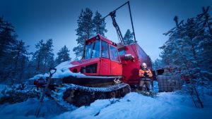 Bild på Kelibers maskin i skogen.