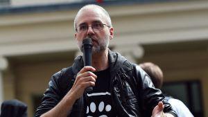 Britannialainen vegaaniaktivisti Jordi Casamitjana.