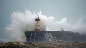 Storm, oväder, fyr