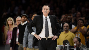 Mike D'Antoni blev inte långvarit på posten som Lakers-lots.