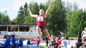 Matilda Bogdanoff hoppar längd, FM 2017.