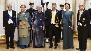 Pentti Arajärvi, president Tarja Halonen, Tellervo Koivisto, president Sauli Niinistö, Jenni Haukio och president Martti Ahtisaari.