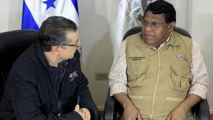 En särskild valtribunal sade genast på morgonen efter valet att vänsterkandidaten Salvador Nasralla hade vunnit, men nu säger samma domstol att han förlorade valet