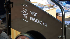 Visit Raseborg-logga syns på cykeln.