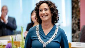 Amsterdams borgmästare Femke Halsema då hon svurits in som borgmästare.