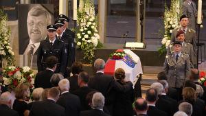 Begravning för den mördade politikern Walter Lübcke i juni 2019.
