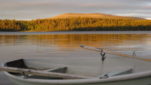 Midnattssol i Enontekis i Lappland