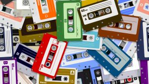 En hög med C-kassetter