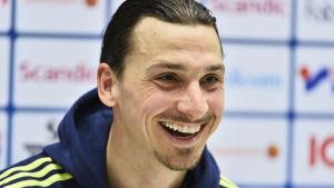 Zlatan Ibrahimovic ser ut att lämna PSG efter den här säsongen.
