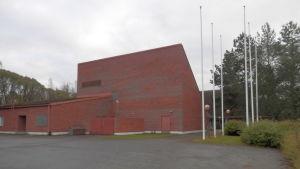 BI-fastigheten i Jakobstad står tom och oanvänd sedan många år