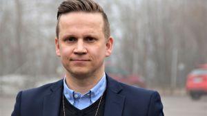 Porträttbild på poliskommissarie Mats Sjöholm.