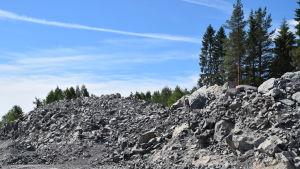 Sten vid bygget av Balticconnector i Ingå.
