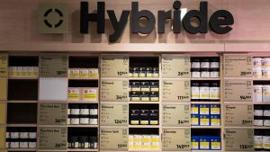 Cannabisprodukter på butikshylla i Montreal