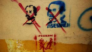 Graffiti mot president Ortega i Managua, Nicaragua