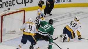 Dallas Stars slog ut Nashville Predators i NHL-slutspelet.