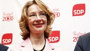 Tytti Tuppurainen efter SDP:s presskonferens 4.6.2019.