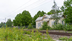 Täkter tågstationshus