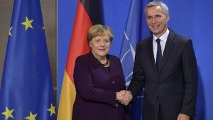 Angela Merkel och Jens Stoltenberg i Berlin 7.11.2019