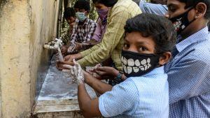Handtvättning i Indien