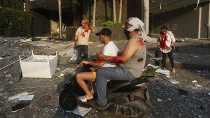 Upp till 4 000 människor skadades i explosionen som också slog ut flera sjukhus i staden.