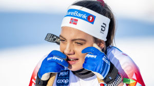 Kristine Stavås Skistad ser fundersam ut.