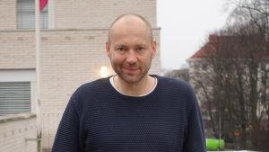 Rolle Alho är forskardoktor vid Helsingfors universitet.