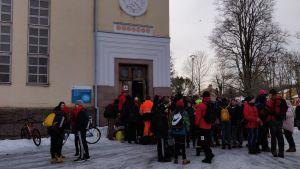 Abiturienter i Lovisa gymnasium firar penkis.