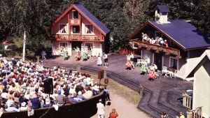 Lurens sommarteater 1978 sedd från luften.