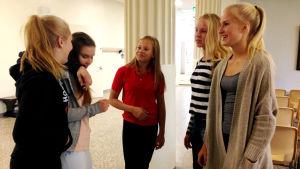 Elever i Luostarivuori skola i Åbo