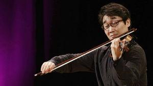 Wang Xiao Jean Sibelius -viulukilpailun finaalissa 2015