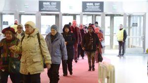 Julfest för mindre bemedlade i Helsingfors Mässcentrum