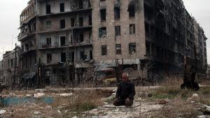 Klinik uppges ha bombats i aleppo