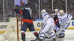Aleksandr Ovetjkin gör mål igen.