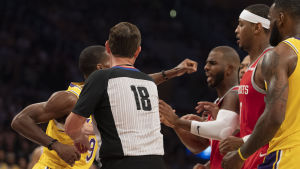 Tumult mellan Los Angeles Lakers och Houston Rockets.
