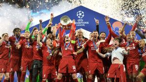 Liverpool firar CL-titeln.