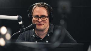 Kuvassa kehityspäällikkö Mikko Nevalainen testaamassa.