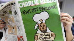 Ett nytt nummer av satirtidningen Charlie Hebdo utkom den 14 januari 2015.