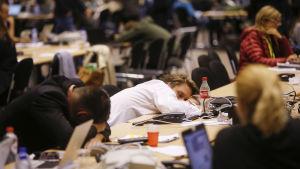 Euroländernas stats- och regeringschefer har suttit i möte hela natten.