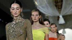 Modeller på Ralph Laurens modevisning i New York 2014