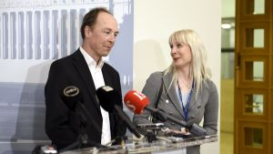 Jussi Halla-aho och Laura Huhtasaari.
