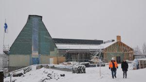 Söderkulla kyrka exteriör under byggtiden