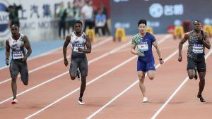 Akani Simbine, Noah Lyles, Su Bingtian och Christian Coleman löpte 100 meter i Shanghai.
