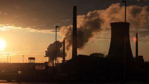 British Steels fabrik i Scunthorpe i gryningen på onsdagen 22.5.2019