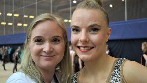 Tränaren Titta Heikkilä och gymnasten Jouki Tikkanen 2019
