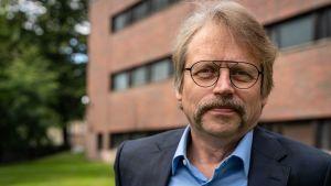 personporträtt Rune Stenbacka professor