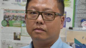 Lam Hong-lim har arbetat som busschaufför i tjugo år. De lönsamma privata bussbolagen går inte med på att förbättra chaufförernas arbetsförhållanden även om det skulle förbättra trafiksäkerheten.
