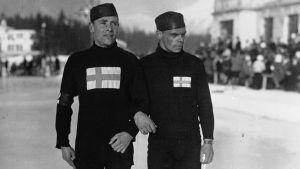 Julius Skutnabb och Clas Thunberg i OS 1924.