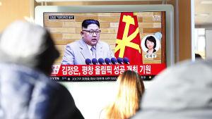 Sydkoreaner följer med Kim Jong-Uns nyårstal som ingav hopp om att Nordkorea inte tänker sabotera OS