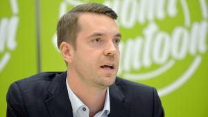 Jouni Ovaska, partisekreterare för Centern.